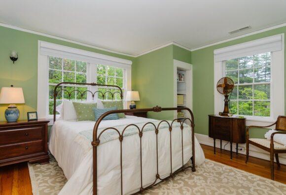 1920's Bedroom